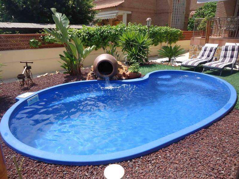 Fabricant piscine coque montpellier freedom piscines for Piscine freedom