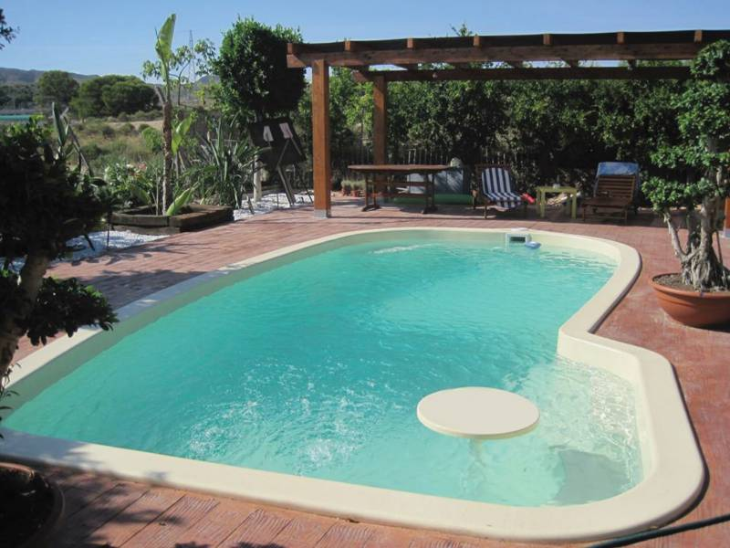 Fabricant piscine coque montpellier freedom piscines for Fabricant piscine coque